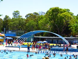 Water World Outdoor Aquatic Centre by ryanthescooterguy