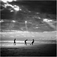 Beach Football B+W by IsacGoulart