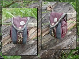 Pouch by LeatherCraft