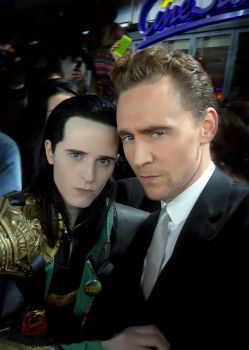Let us do a Loki face to confuse everyone by FahrSindram