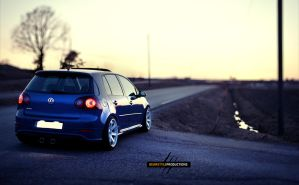 R32 #2 by B3ARStyLE