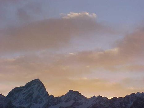 morning peaks at auli by bodhi-tatwa