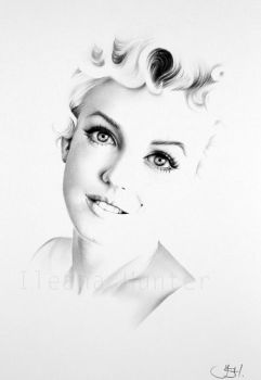 Marilyn Monroe Commission by IleanaHunter