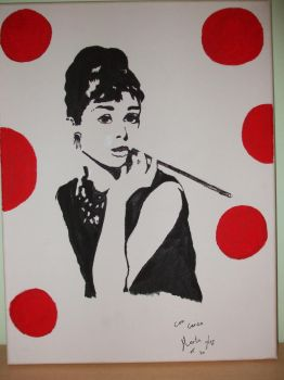 Audrey Hepburn black and white by MartaTH