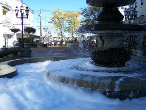 Who put soap in the fountain? by Kenny25mbvb