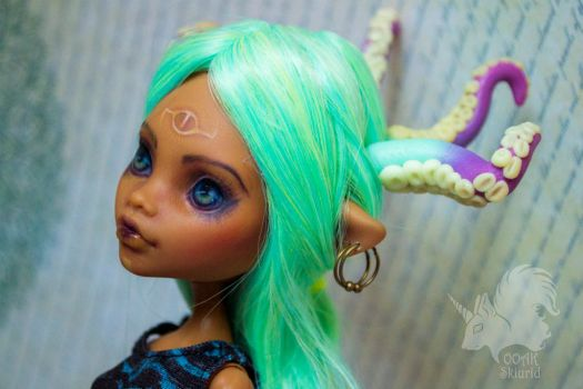 OOAK Clawdeen Wolf - Tentacles by Skiurid