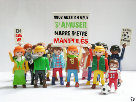 Playmobil on strike by Ann0nyme