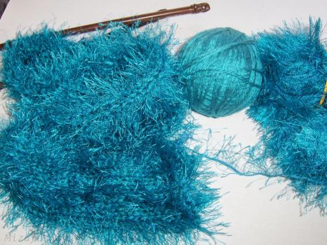 Fuzzy Teal Blue Scarf in Progress by mizufusion