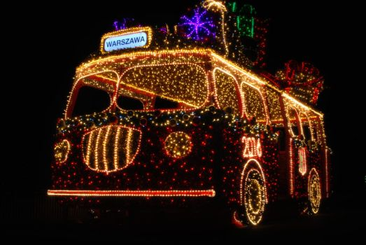 Christmas bus by NEWShoah