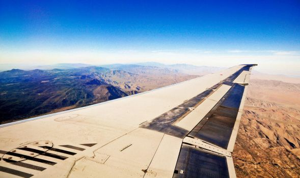 Outside the Airplane Window by mnjul