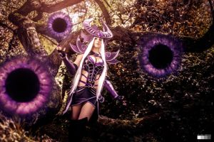Syndra Cosplay by yarpenna