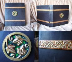 Fearghas' Leatherbound Folder by Siobhan68