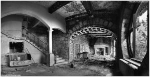 Abandoned South. 1.bw by Tommy-Noker