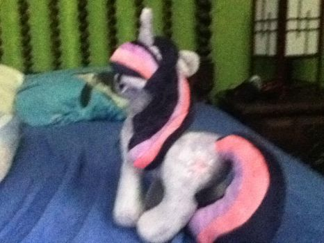 My little plushie (Twilight sparkle) back by MollyFlutter